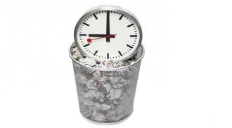Small businesses waste 120 days a year on admin
